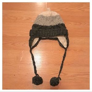 Cozy Handmade Knit Hat, S (6-7)